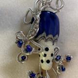Tony Lutman blue/ white bead