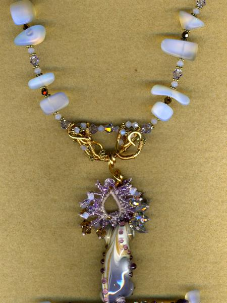 Joy Munshower bead pendant
